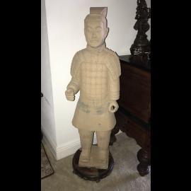 """Inde 90 ans et extraordinaire sculpture sur bois sculpture statue dans le """"""""Luxury-Park"""""""""""
