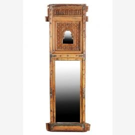 Miroir intégré en grande ans châssis 100 de la fenêtre