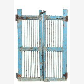 Porte en teck laqué bleu clair pouvant servir de porte de bar
