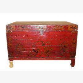 Chine vers 1890 Colonial Commode en bois massif avec la peinture antique amende