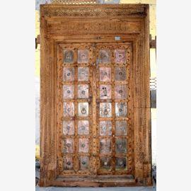 Porte en bois de première classe de l'Inde avec incrustations raffinées.