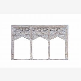 Inde larges fenêtres trois arches en bois sculpté pour l'installation