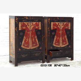 double armoire en bois de haute qualité, design élaboré bleu nuit.