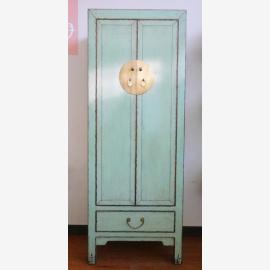Meuble chinois en bois impeccable en turquoise clair avec applications.