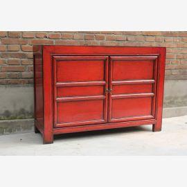 Armoire classique en bois véritable de Chine en rouge vif.