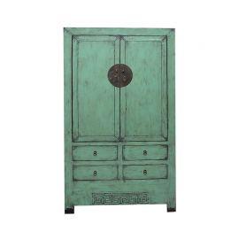 Exceptionnelle armoire en bois vert de Chine avec tiroirs.