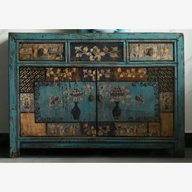 Armoire chinoise en bois massif avec une peinture élaborée, turquoise.