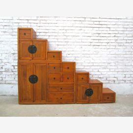 Chine escalier étapes commode plate forme brun clair sous pentes idéales