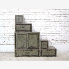 """Chine étapes tiroirs escalier commode gris blanc shabby chic utilisé sur les deux côtés du """"Luxury-park"""""""