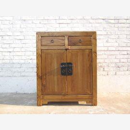 Cat toilettes en bois naturel métallique commode de style champêtre raccord entrée vers la droite que par le parc de luxe