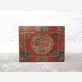 Cat Hygiène poitrine merveilleusement peint accès Tibet droite une énorme pièce seulement par le parc de luxe