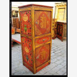 Armoire en bois dur du Tibet avec peinture traditionnelle.